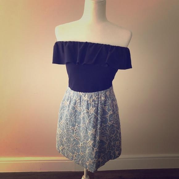 Lilly Pulitzer Dresses & Skirts - Lilly Esmeralda Strapless Blue Dress
